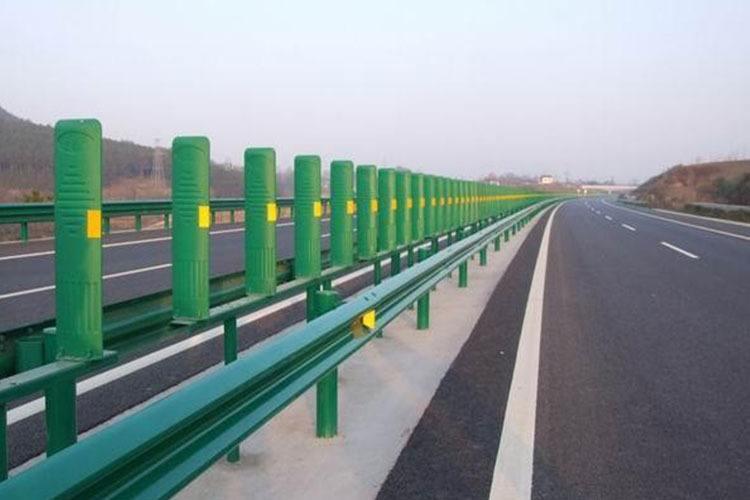 高速护栏板